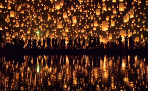 Flying paper lanterns festival